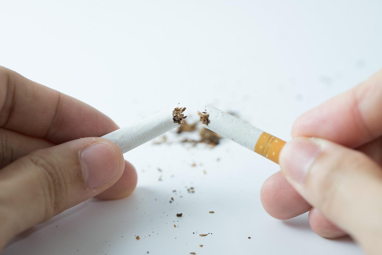 ¿Por qué fuman las personas y por qué deciden dejarlo?